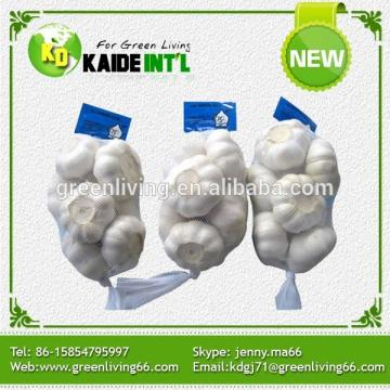 2015 new crop high quality fresh garlic with good taste and cheaper price